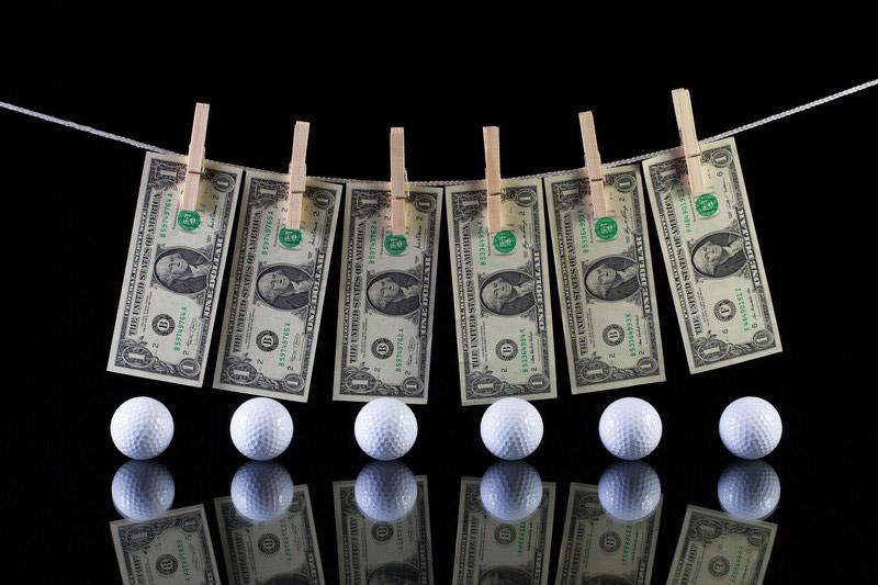 ゴルフとお金